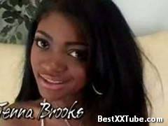 Jenna brooks pretty black chick doin it well! 2 months ago